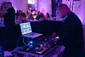 DJs-MCs